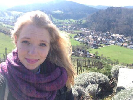 Maelyne, 18 cherche une histoire